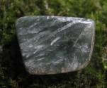Serafinit - leštěný kamenný zlomek