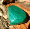 Malachit - tromlovaný kámen