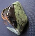 Fuchsit - omletý kámen