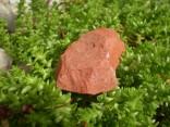 Jaspis červený - surový