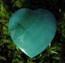 Malachit - přívěsek srdce 3 příčně vrtané