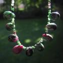 Rubín v zoisitu - náhrdelník krátký s kapkami a kuličkami